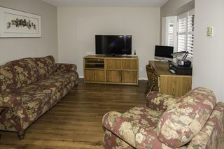 """Photo 10: 14 6100 WOODWARDS Road in Richmond: Woodwards Townhouse for sale in """"STRATFORD GREEN"""" : MLS®# R2131068"""