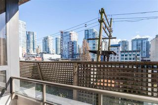 "Photo 10: 205 1010 HOWE Street in Vancouver: Downtown VW Condo for sale in ""1010 HOWE"" (Vancouver West)  : MLS®# R2141634"