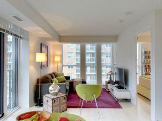 Photo 4: 812 400 E Adelaide Street in Toronto: Moss Park Condo for sale (Toronto C08)  : MLS®# C3764968