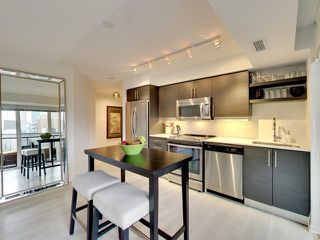 Photo 7: 812 400 E Adelaide Street in Toronto: Moss Park Condo for sale (Toronto C08)  : MLS®# C3764968