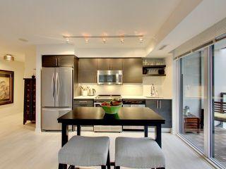 Photo 11: 812 400 E Adelaide Street in Toronto: Moss Park Condo for sale (Toronto C08)  : MLS®# C3764968