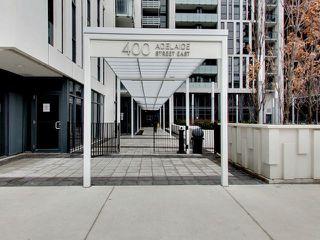 Photo 2: 812 400 E Adelaide Street in Toronto: Moss Park Condo for sale (Toronto C08)  : MLS®# C3764968