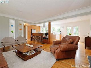 Photo 3: 4419 Chartwell Dr in VICTORIA: SE Gordon Head Single Family Detached for sale (Saanich East)  : MLS®# 756403