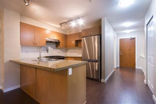 "Photo 6: 210 3097 LINCOLN Avenue in Coquitlam: New Horizons Condo for sale in ""LARKIN HOUSE AT WINDSOR GATE"" : MLS®# R2159199"