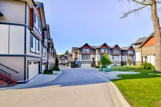 Photo 2: 14 6378 142 Street in Surrey: Sullivan Station Townhouse for sale : MLS®# R2160021