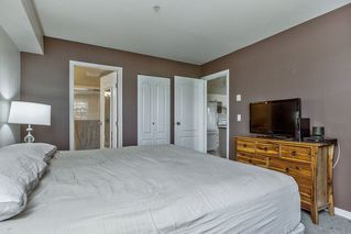 Photo 8: 215 20896 57 Avenue in Langley: Langley City Condo for sale : MLS®# R2168965