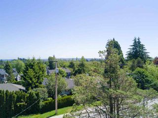 Photo 8: 1373 STAYTE Road: White Rock House for sale (South Surrey White Rock)  : MLS®# R2171871