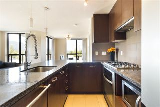 Photo 5: 907 2982 BURLINGTON Drive in Coquitlam: North Coquitlam Condo for sale : MLS®# R2188929