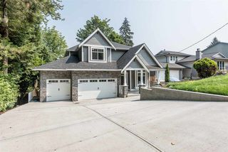 Photo 1: 1031 PALMDALE STREET in Coquitlam: Ranch Park House for sale : MLS®# R2194050