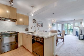 """Photo 3: 302 2988 SILVER SPRINGS Boulevard in Coquitlam: Westwood Plateau Condo for sale in """"TRILLIUM"""" : MLS®# R2199392"""