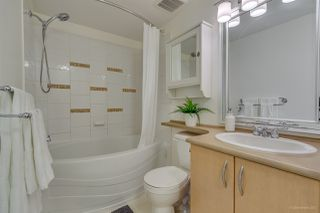 """Photo 11: 302 2988 SILVER SPRINGS Boulevard in Coquitlam: Westwood Plateau Condo for sale in """"TRILLIUM"""" : MLS®# R2199392"""