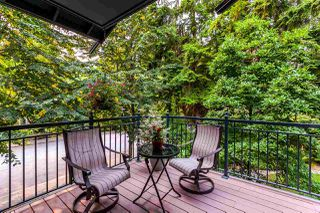 "Photo 10: 1172 STRATHAVEN Drive in North Vancouver: Northlands Townhouse for sale in ""Strathaven"" : MLS®# R2204532"