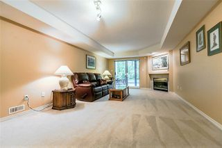 "Photo 12: 1172 STRATHAVEN Drive in North Vancouver: Northlands Townhouse for sale in ""Strathaven"" : MLS®# R2204532"