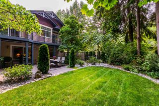 "Photo 1: 1172 STRATHAVEN Drive in North Vancouver: Northlands Townhouse for sale in ""Strathaven"" : MLS®# R2204532"