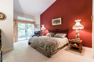 "Photo 8: 1172 STRATHAVEN Drive in North Vancouver: Northlands Townhouse for sale in ""Strathaven"" : MLS®# R2204532"