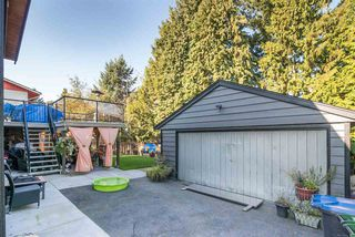 Photo 5: 317 WELLS GRAY Place in New Westminster: The Heights NW House for sale : MLS®# R2220291
