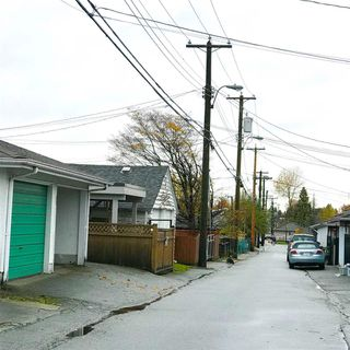 Photo 5: 2767 E 2ND Avenue in Vancouver: Renfrew VE House for sale (Vancouver East)  : MLS®# R2225385