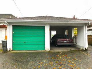 Photo 4: 2767 E 2ND Avenue in Vancouver: Renfrew VE House for sale (Vancouver East)  : MLS®# R2225385