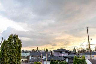 """Photo 16: 3756 IRMIN Street in Burnaby: Suncrest House for sale in """"SUNCREST"""" (Burnaby South)  : MLS®# R2226310"""