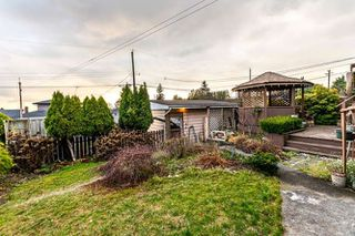"""Photo 12: 3756 IRMIN Street in Burnaby: Suncrest House for sale in """"SUNCREST"""" (Burnaby South)  : MLS®# R2226310"""