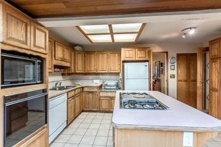 """Photo 4: 3756 IRMIN Street in Burnaby: Suncrest House for sale in """"SUNCREST"""" (Burnaby South)  : MLS®# R2226310"""