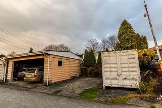 """Photo 18: 3756 IRMIN Street in Burnaby: Suncrest House for sale in """"SUNCREST"""" (Burnaby South)  : MLS®# R2226310"""