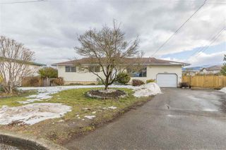 Photo 1: 8550 HOWARD Crescent in Chilliwack: Chilliwack E Young-Yale House for sale : MLS®# R2232682