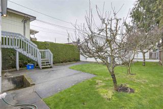 "Photo 11: 8377 LAUREL Street in Vancouver: Marpole House for sale in ""MARPOLE"" (Vancouver West)  : MLS®# R2239238"