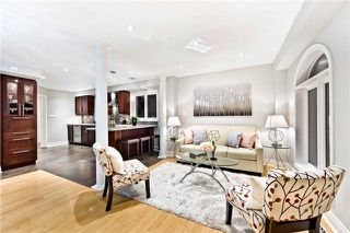 Photo 2: 6861 Shade House Court in Mississauga: Meadowvale Village House (2-Storey) for sale : MLS®# W4064035