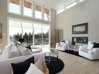 Photo 3: 2298 Sangster Rd in MILL BAY: ML Mill Bay House for sale (Malahat & Area)  : MLS®# 781015