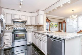 "Photo 5: 516 456 MOBERLY Road in Vancouver: False Creek Condo for sale in ""PACIFIC COVE"" (Vancouver West)  : MLS®# R2248992"