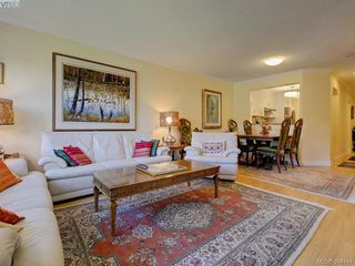 Photo 4: 303 2311 Mills Rd in SIDNEY: Si Sidney North-West Condo for sale (Sidney)  : MLS®# 790211