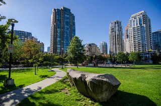 "Photo 20: 1002 1255 SEYMOUR Street in Vancouver: Downtown VW Condo for sale in ""The Elan by Cressey"" (Vancouver West)  : MLS®# R2292317"