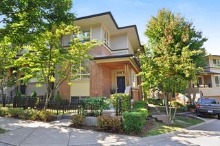 "Photo 1: 37 100 KLAHANIE Drive in Port Moody: Port Moody Centre Townhouse for sale in ""INDIGO"" : MLS®# R2303018"