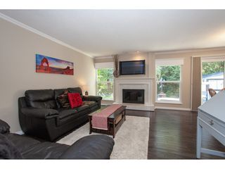 Photo 9: 6325 180A Street in Surrey: Cloverdale BC House for sale (Cloverdale)  : MLS®# R2314641