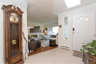 Photo 4: 4999 Del Monte Ave in VICTORIA: SE Cordova Bay Single Family Detached for sale (Saanich East)  : MLS®# 799964