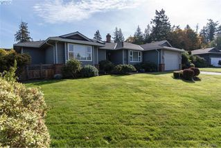 Photo 26: 4999 Del Monte Avenue in VICTORIA: SE Cordova Bay Single Family Detached for sale (Saanich East)  : MLS®# 400933