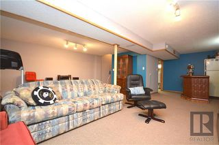 Photo 17: 308 Dowling Avenue East in Winnipeg: East Transcona Residential for sale (3M)  : MLS®# 1828540