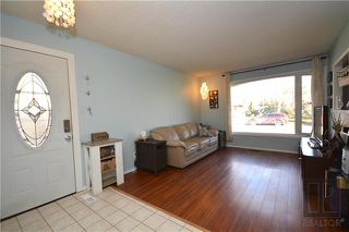 Photo 3: 308 Dowling Avenue East in Winnipeg: East Transcona Residential for sale (3M)  : MLS®# 1828540