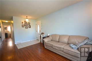 Photo 9: 308 Dowling Avenue East in Winnipeg: East Transcona Residential for sale (3M)  : MLS®# 1828540