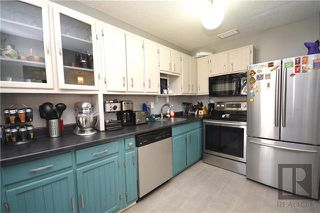 Photo 7: 308 Dowling Avenue East in Winnipeg: East Transcona Residential for sale (3M)  : MLS®# 1828540