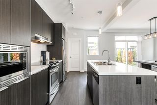 """Photo 7: 96 8138 204 Street in Langley: Willoughby Heights Townhouse for sale in """"ASHBURY & OAK"""" : MLS®# R2323353"""