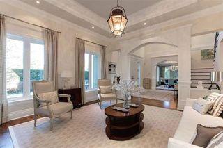 Photo 2: 15388 ROYAL Avenue: White Rock House for sale (South Surrey White Rock)  : MLS®# R2325516