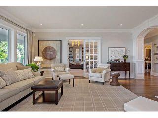 Photo 4: 15388 ROYAL Avenue: White Rock House for sale (South Surrey White Rock)  : MLS®# R2325516