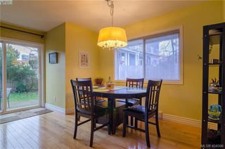 Photo 8: 411 Powell St in VICTORIA: Vi James Bay Half Duplex for sale (Victoria)  : MLS®# 803949