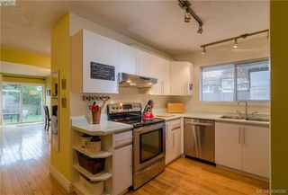 Photo 12: 411 Powell St in VICTORIA: Vi James Bay Half Duplex for sale (Victoria)  : MLS®# 803949