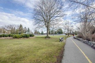 "Photo 16: 103 33412 TESSARO Crescent in Abbotsford: Central Abbotsford Condo for sale in ""Tessaro Villa"" : MLS®# R2334645"