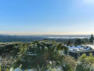 "Photo 1: 558 ST. ANDREWS Road in West Vancouver: Glenmore House for sale in ""BRITISH PROPERTIES"" : MLS®# R2338559"