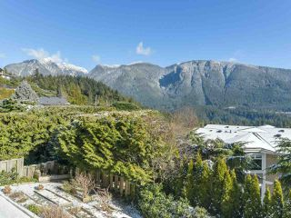 "Photo 3: 558 ST. ANDREWS Road in West Vancouver: Glenmore House for sale in ""BRITISH PROPERTIES"" : MLS®# R2338559"