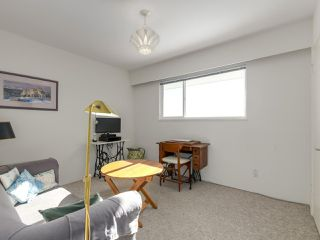 "Photo 11: 558 ST. ANDREWS Road in West Vancouver: Glenmore House for sale in ""BRITISH PROPERTIES"" : MLS®# R2338559"